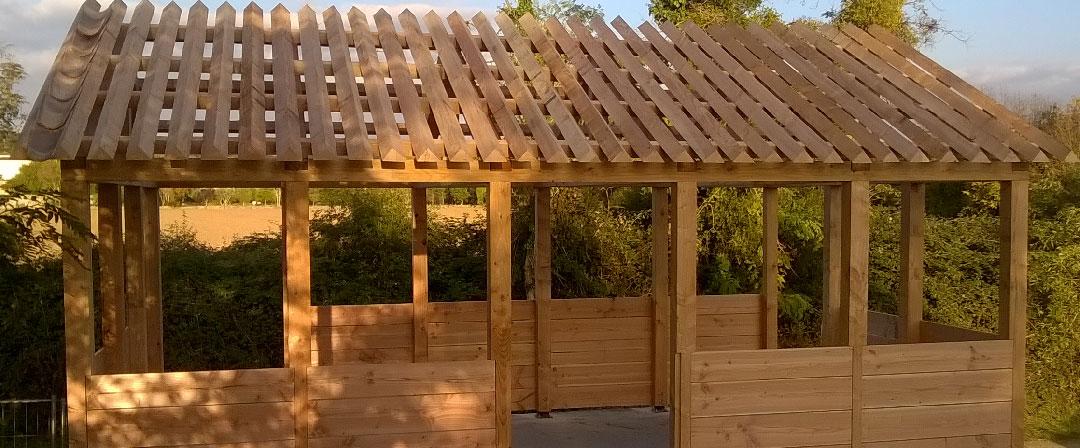 Observatoire en bois pour le public