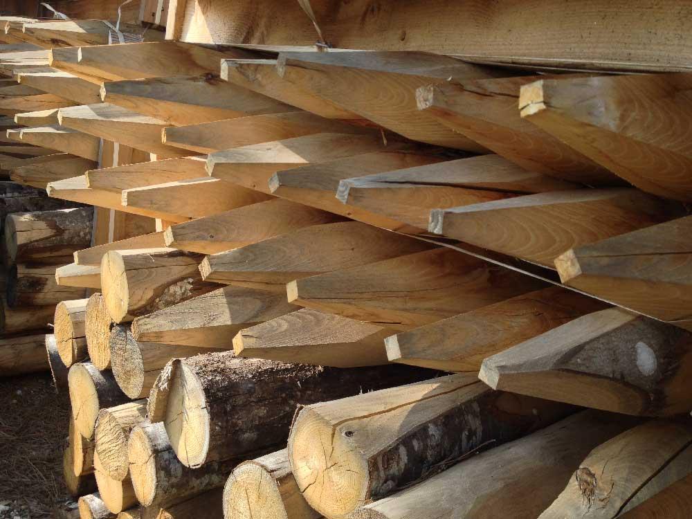 Pieux pour le tunage bois
