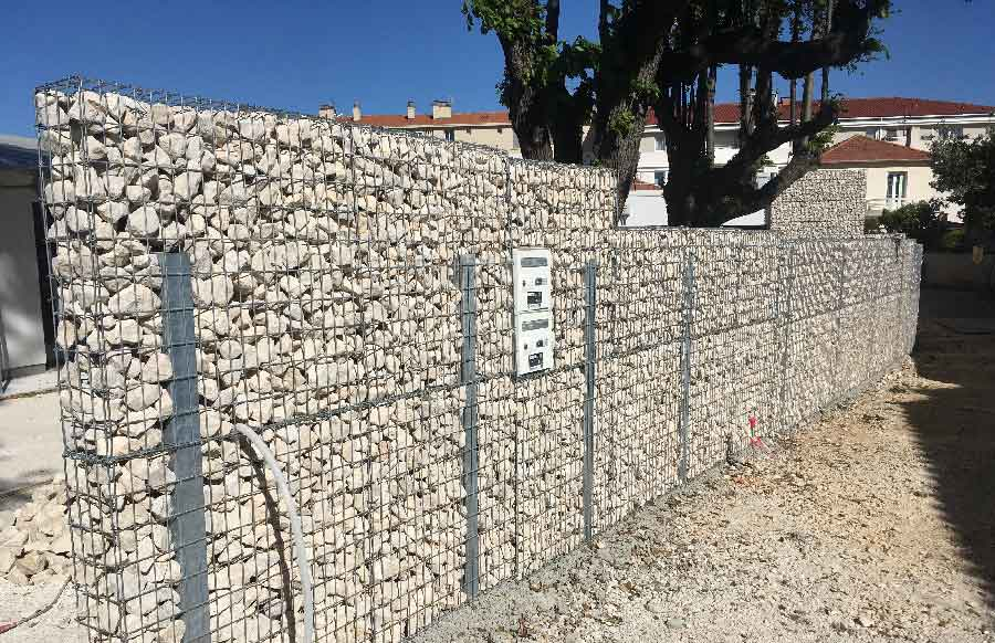 mur de cloture en gabion mur et clture gabion u ides pour le jardin en photos mur cloture with. Black Bedroom Furniture Sets. Home Design Ideas