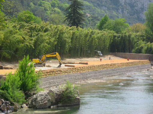 10 ans après, retour d'expérience. Confortement de berge en génie végétal – La Bambouseraie, Anduze (Gard, 30)