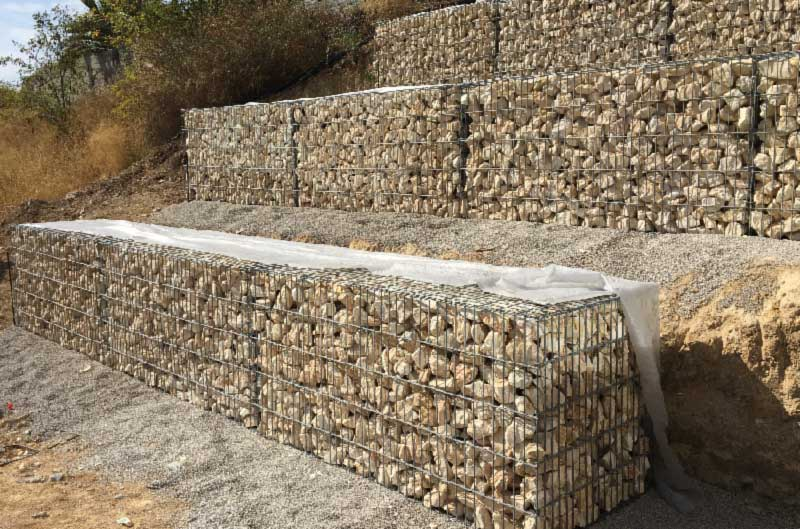 mur de sout nement en gabions gabions lectrosoud s. Black Bedroom Furniture Sets. Home Design Ideas