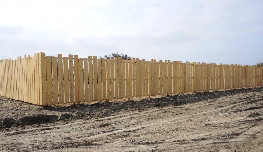 Pose d'une clôture bois