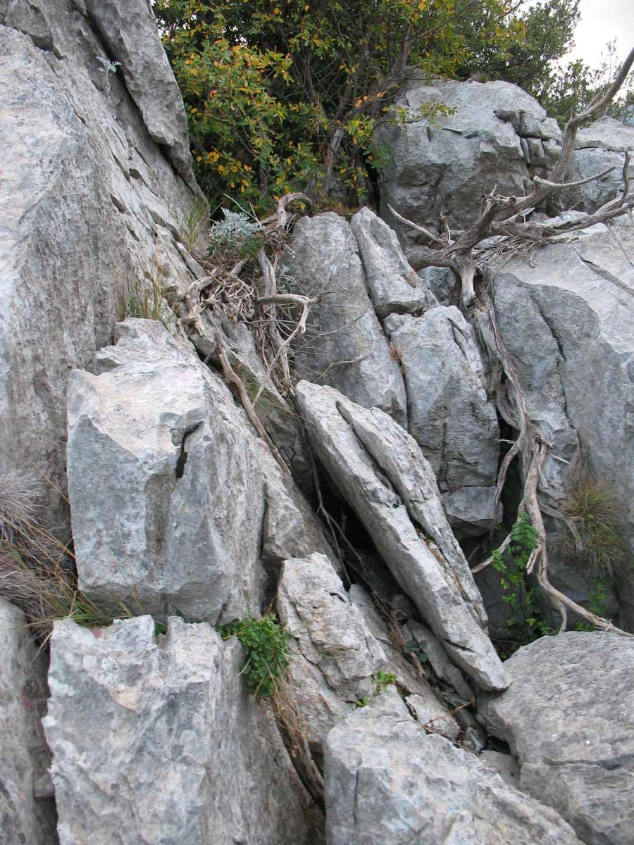 Blocs rocheux risquant de se détacher