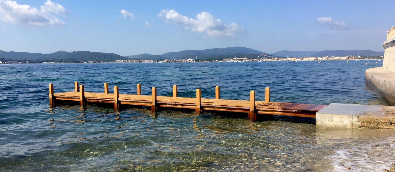 Ponton bois démontable sur le golfe de Saint-Tropez