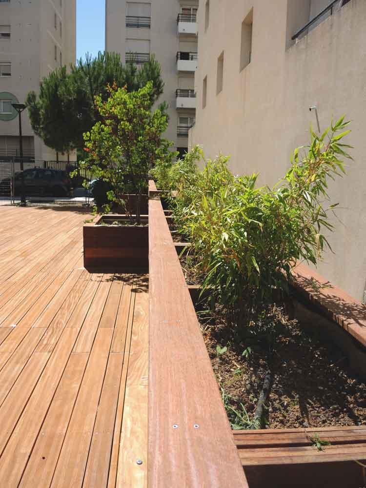 Jardinières filante en bois et platelage bois