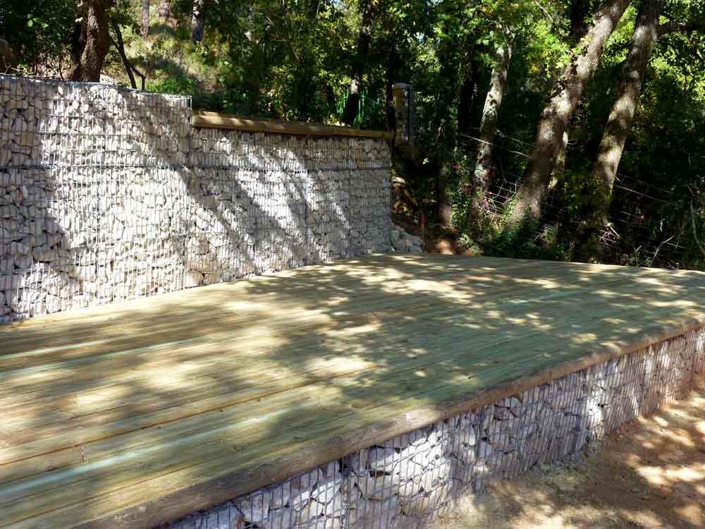 Mur de clôture en gabions