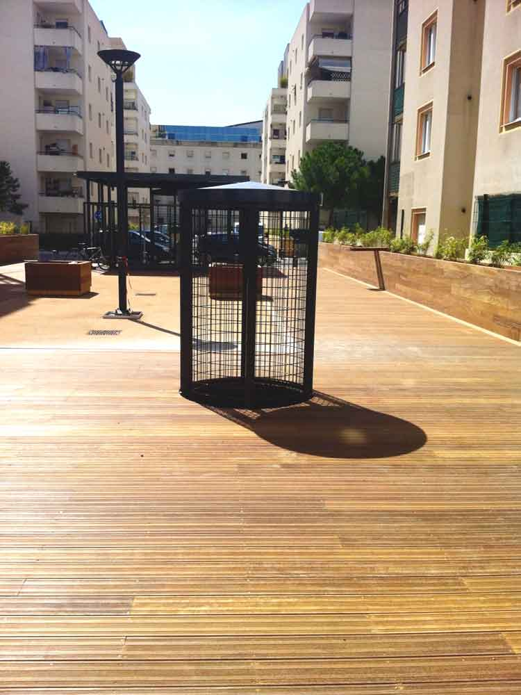 Platelage bois, jardinières et mobiliers sur mesure