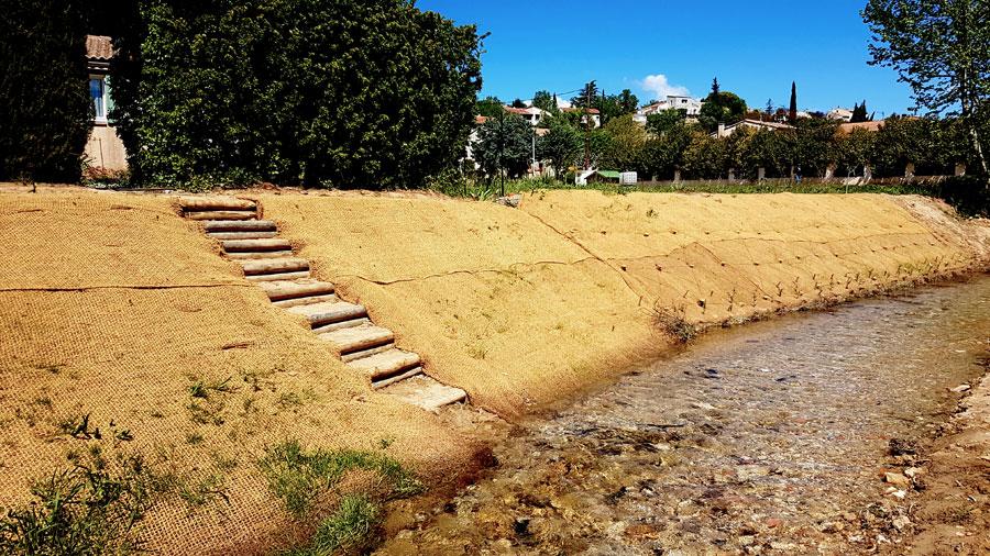 Génie écologique : restauration de berges en génie végétal et aménagement paysager / Fleuve côtier Huveaune – Auriol (Bouches-du-Rhône, 13)