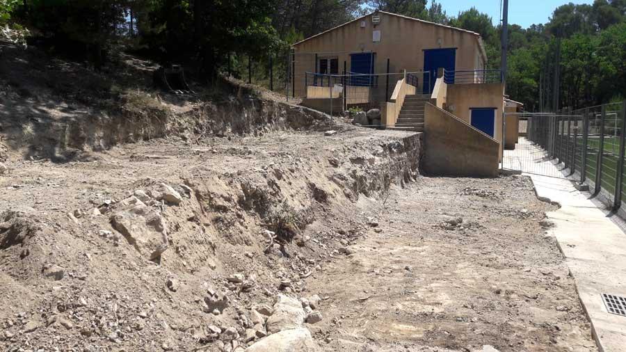 Terrassement du site choisi pour les gabions