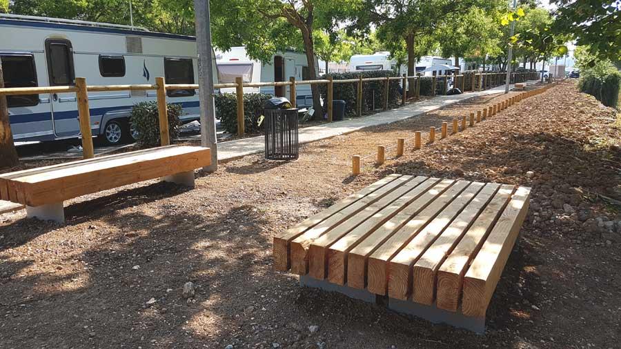 Aménagement bois - Garde-corps, potelets bois et bancs