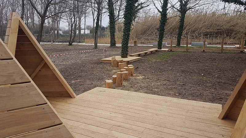 Mobilier bois aire de jeux enfants