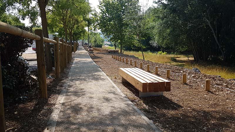 Aménagements paysager - mobilier bois assises et clôtures