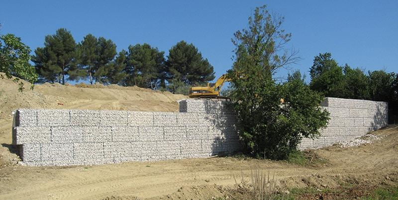Mur de soutènement en gabions pré remplis