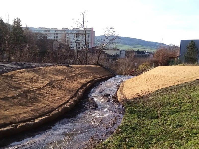 Remise à ciel ouvert d'une rivière