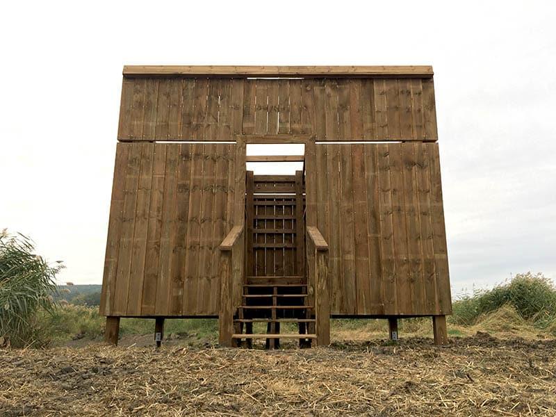 Observatoire ornithologique en bois