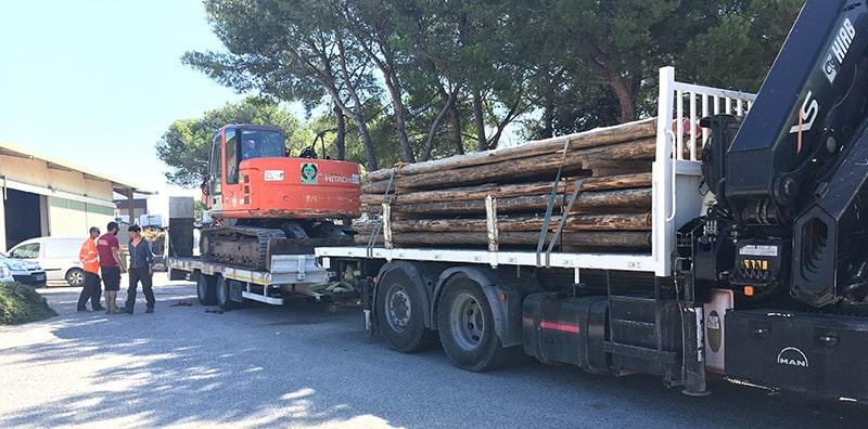 Pieux en Eucalyptus pour le ponton