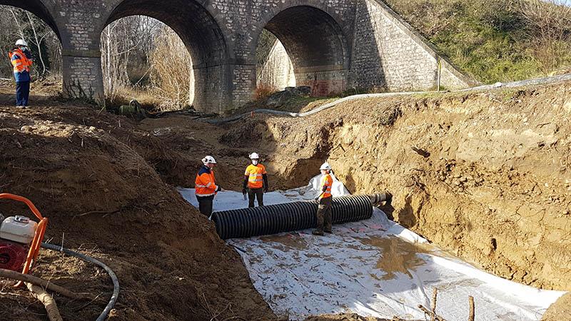 Travaux de protection d'une canalisation de gaz sous-fluviale