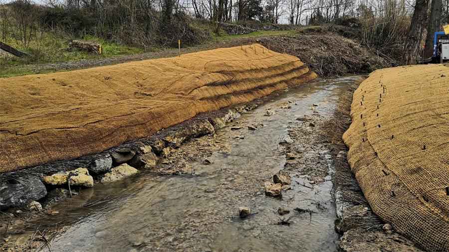 Protéger une conduite de gaz sous une rivière